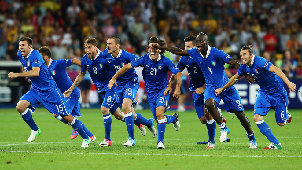 Italia vs Luxemburgo